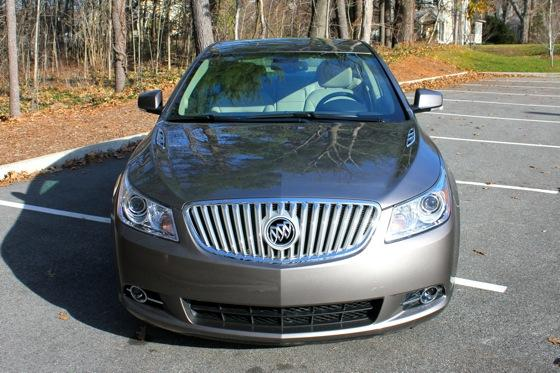 2013 Buick LaCrosse: New Car Review featured image large thumb2