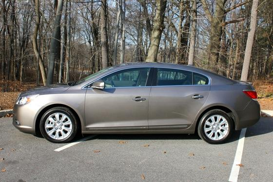 2012 Buick LaCrosse: New Car Review featured image large thumb5