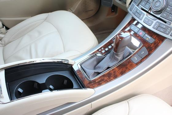 2012 Buick LaCrosse: New Car Review featured image large thumb32