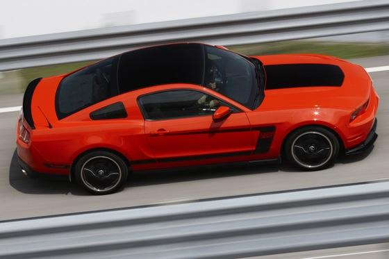 2012 Ford Mustang Boss 302 - New Car Review featured image large thumb3