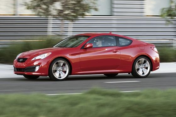 2011 Hyundai Genesis Coupe 2.0T R-Spec - First Drive featured image large thumb6