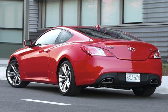 2011 Hyundai Genesis Coupe 2.0T R-Spec - First Drive featured image large thumb1