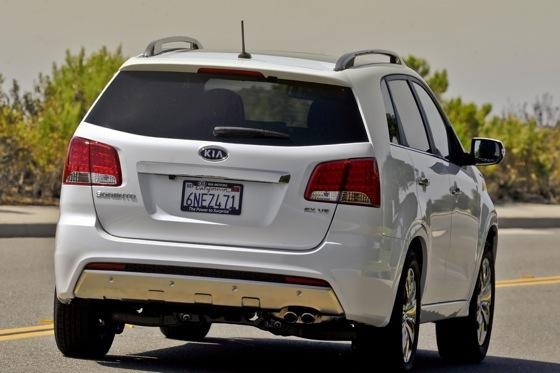 2011 Kia Sorento - New Car Review featured image large thumb9