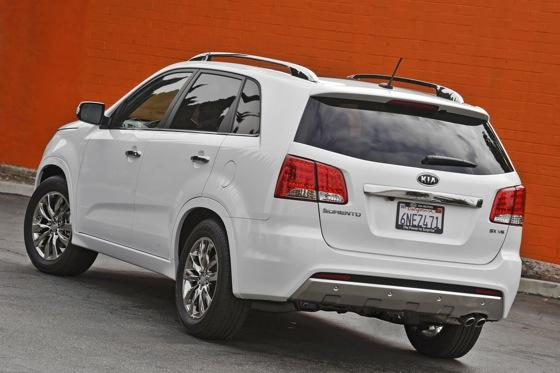 2011 Kia Sorento - New Car Review featured image large thumb3