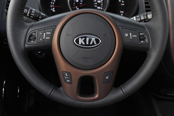 2012 Kia Soul - First Drive featured image large thumb9