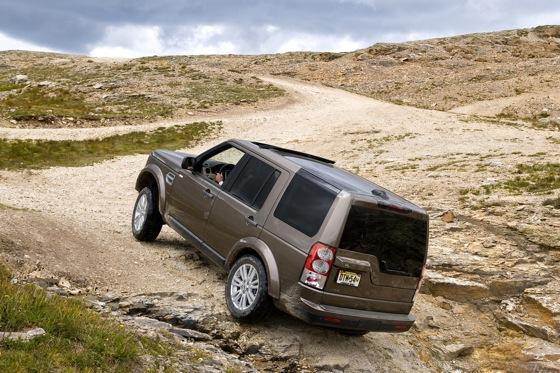 2013 Land Rover LR4: New Car Review featured image large thumb10