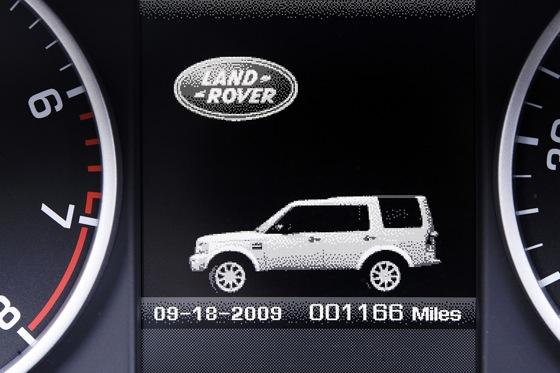 2013 Land Rover LR4: New Car Review featured image large thumb16