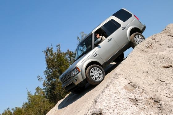 2013 Land Rover LR4: New Car Review featured image large thumb1