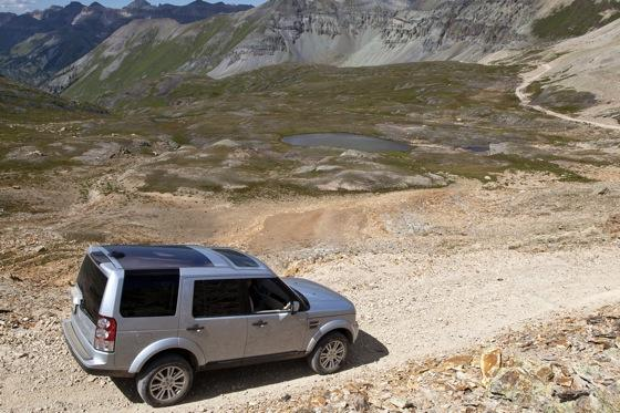 2013 Land Rover LR4: New Car Review featured image large thumb7