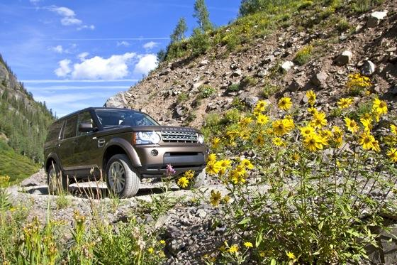2013 Land Rover LR4: New Car Review featured image large thumb8