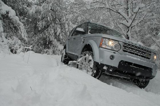 2013 Land Rover LR4: New Car Review featured image large thumb14