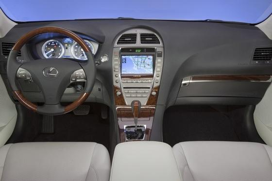 2003-2006 Lexus RX 330: Used Car Review featured image large thumb17