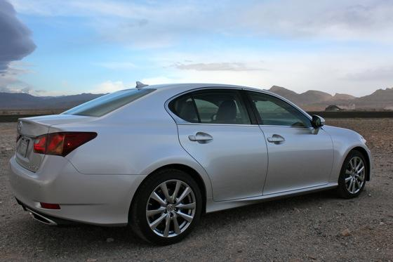 2013 Lexus GS: New Car Review featured image large thumb4