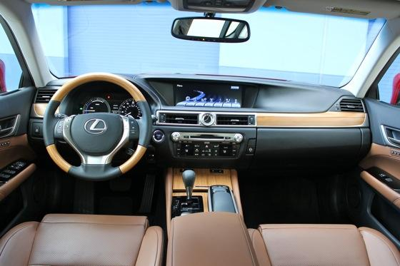 2013 Lexus GS: New Car Review featured image large thumb12