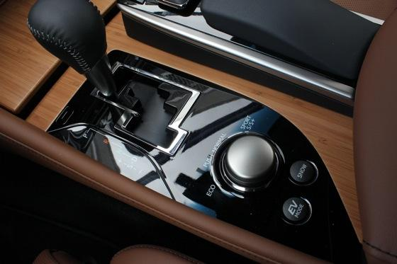 2013 Lexus GS: New Car Review featured image large thumb17