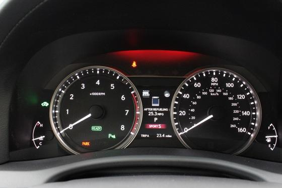 2013 Lexus GS: New Car Review featured image large thumb22