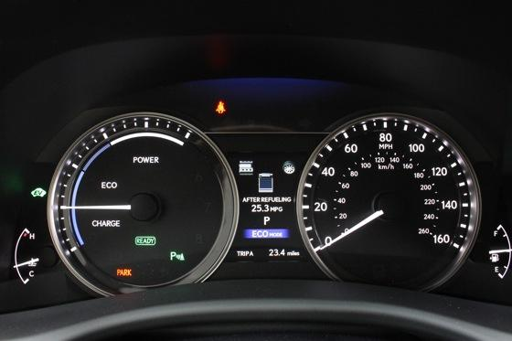 2013 Lexus GS: New Car Review featured image large thumb23