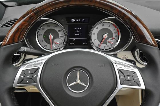 2012 Mercedes-Benz SLK350: New Car Review featured image large thumb6