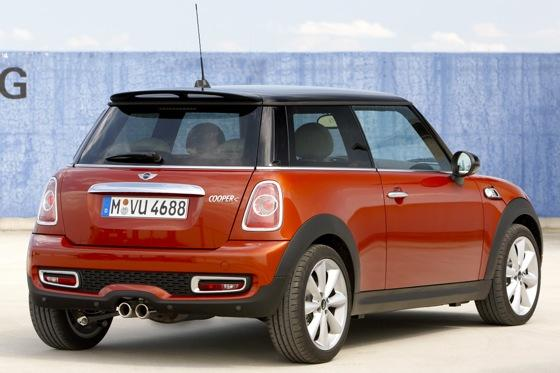 2012 Mini Cooper S - New Car Review featured image large thumb3