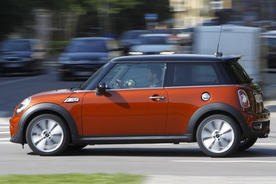 2012 Mini Cooper S - New Car Review featured image large thumb4
