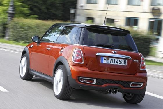 2012 Mini Cooper S - New Car Review featured image large thumb6