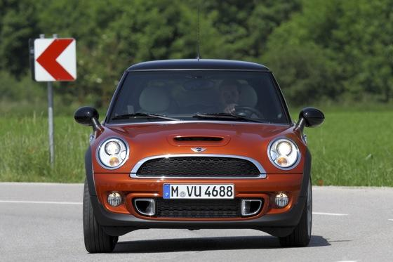 2012 Mini Cooper S - New Car Review featured image large thumb8