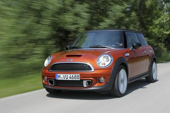 2012 Mini Cooper S - New Car Review featured image large thumb9