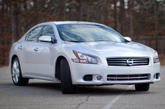 2012 Nissan Maxima: Real-World Test featured image large thumb0