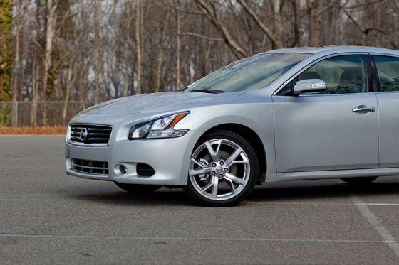 2012 Nissan Maxima: Real-World Test featured image large thumb2