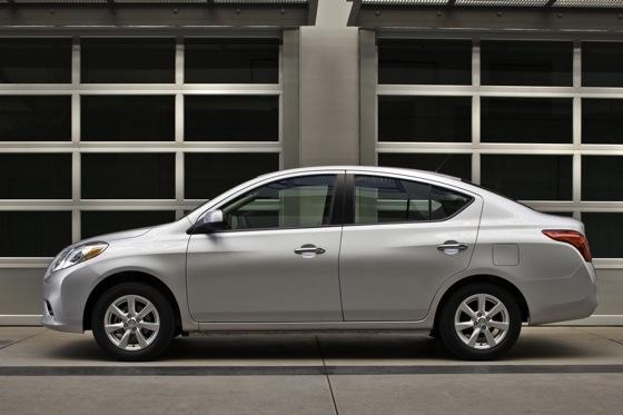 2012 Nissan Versa: First Drive featured image large thumb1