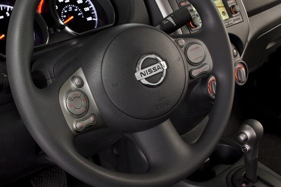 2012 Nissan Versa: First Drive featured image large thumb30
