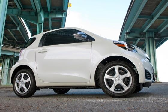 2012 Scion iQ: First Look featured image large thumb1
