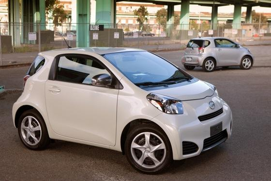 2012 Scion iQ: First Look featured image large thumb3