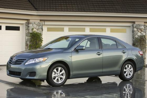 2011 Toyota Camry - New Car Review featured image large thumb0