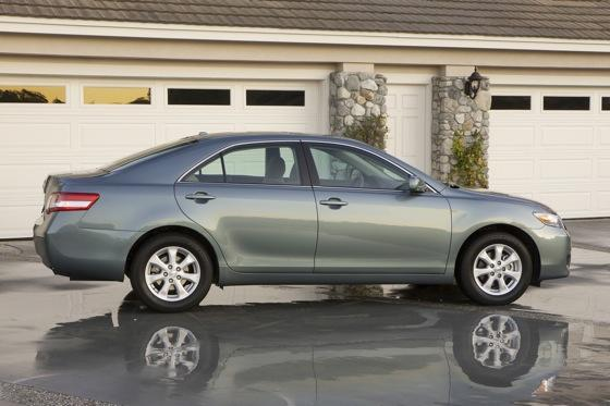 2011 Toyota Camry - New Car Review featured image large thumb1