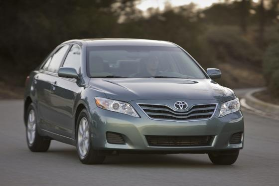 2011 Toyota Camry - New Car Review featured image large thumb7