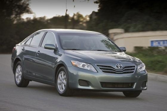 2011 Toyota Camry - New Car Review featured image large thumb8