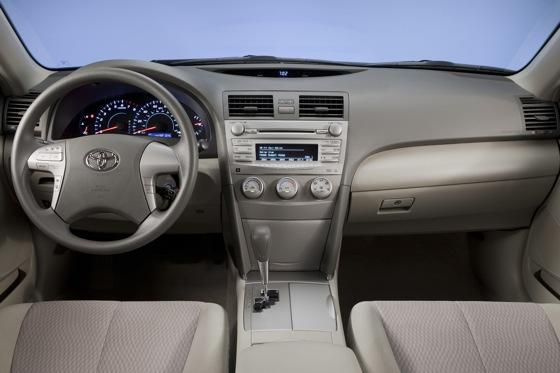 2011 Toyota Camry - New Car Review featured image large thumb15
