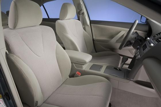 2011 Toyota Camry - New Car Review featured image large thumb17