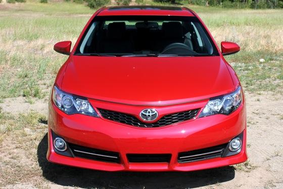 2012 Toyota Camry: New Car Review featured image large thumb5