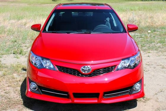 2012 Toyota Camry: New Car Review featured image large thumb7
