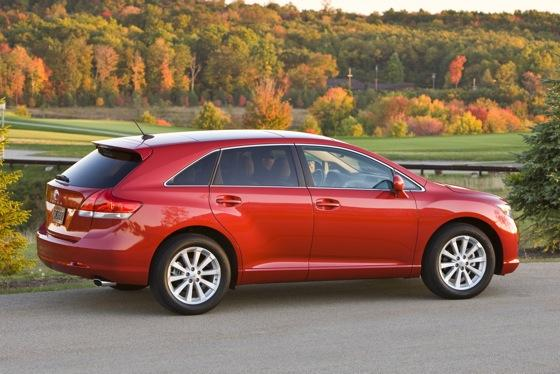 2009-2012 Toyota Venza featured image large thumb2