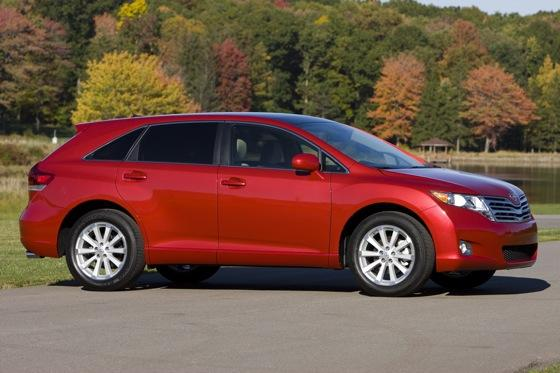 2009-2012 Toyota Venza featured image large thumb4