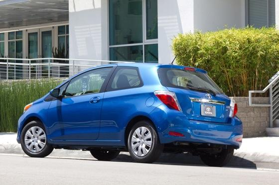 2012 Toyota Yaris SE: Real-World Review featured image large thumb3