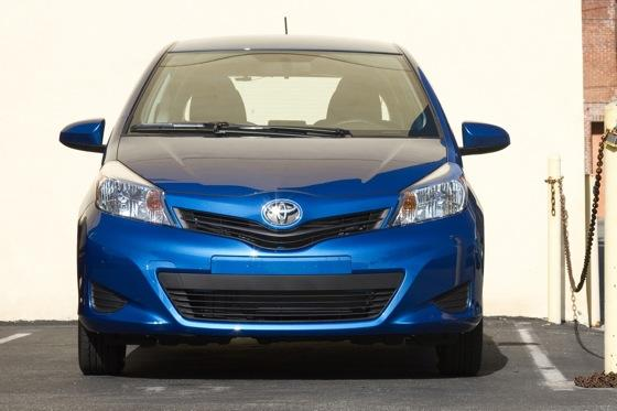 2012 Toyota Yaris SE: Real-World Review featured image large thumb6