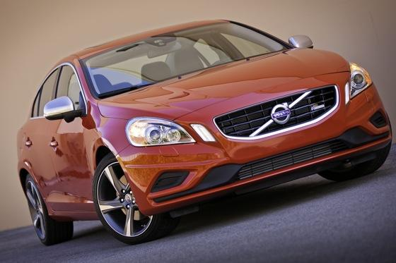 2012 Volvo S60 T6 R-Design - New Car Review featured image large thumb2