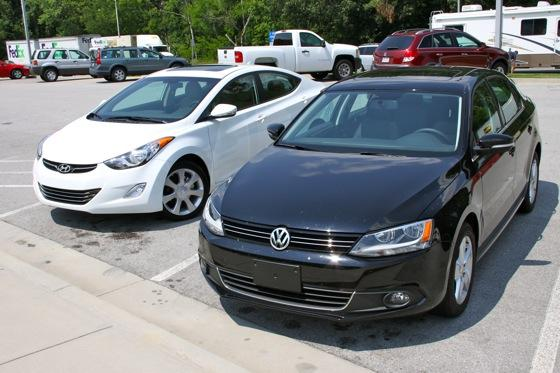Jetta TDI Test: VW Jetta TDI vs. Hyundai Elantra Limited featured image large thumb8