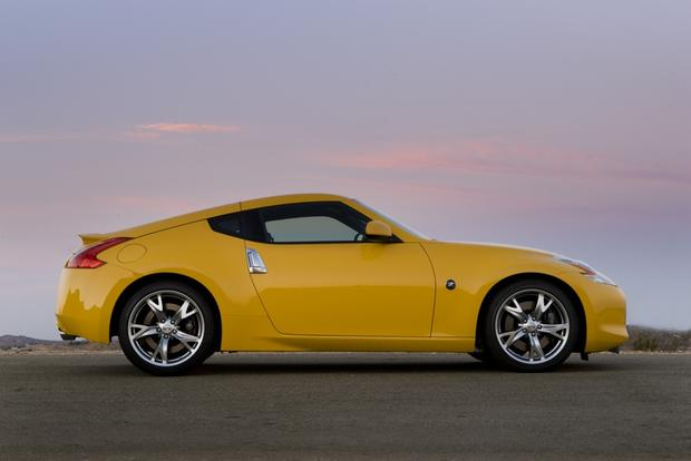 2009 Nissan 370Z: Used Car Review featured image large thumb1