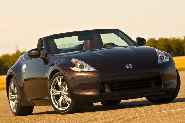 2010 Nissan 370Z: Used Car Review featured image large thumb2