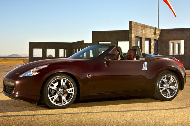 2010 Nissan 370Z: Used Car Review featured image large thumb3
